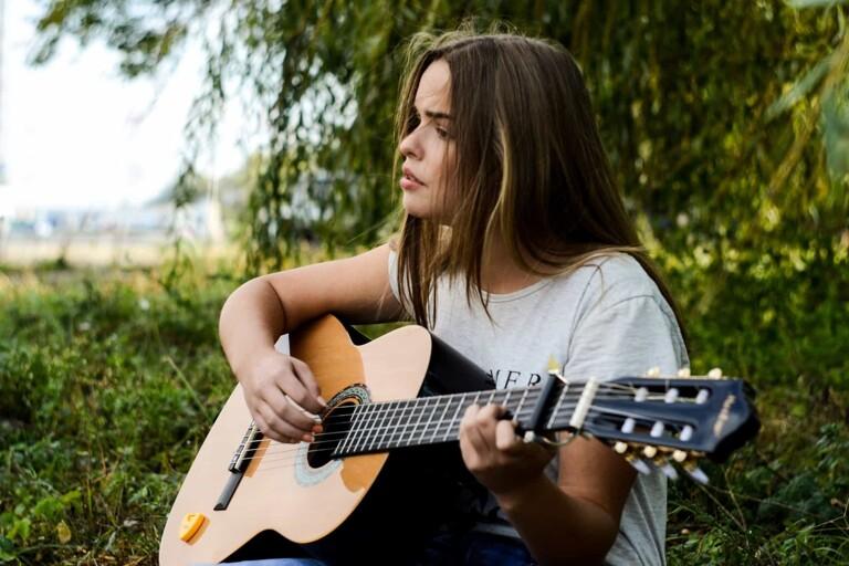 Musicas e Canções Que Descrevem o Deficit de Atenção e a Hiperatividade